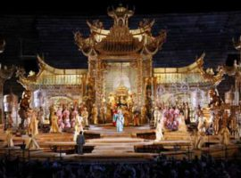 5.-2010-Turandot-atto-II-18
